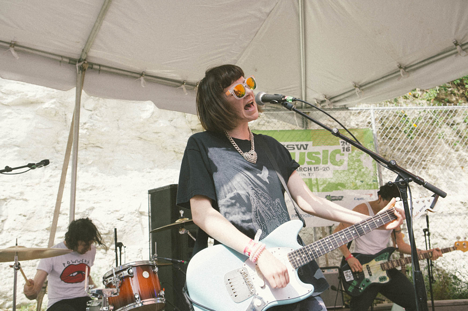 Dilly Dally-5