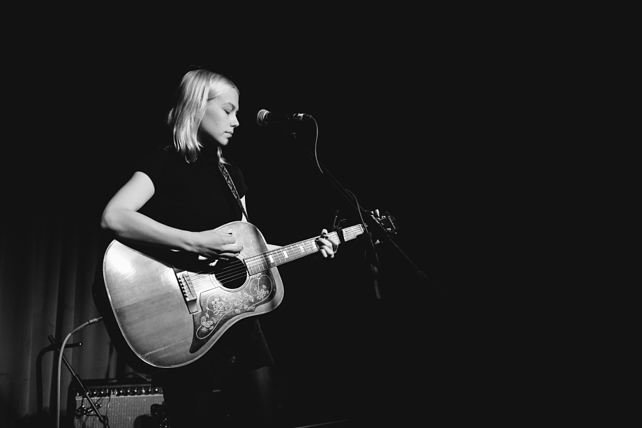 Phoebe Bridgers - The Drake-3