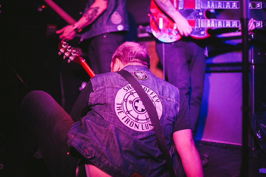 Sam Coffey And The Iron Lungs - The Garrison-5