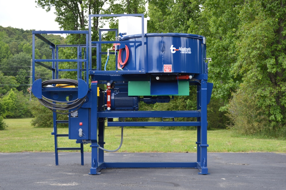 2200 lb. Capacity Refractory Pan Mixer