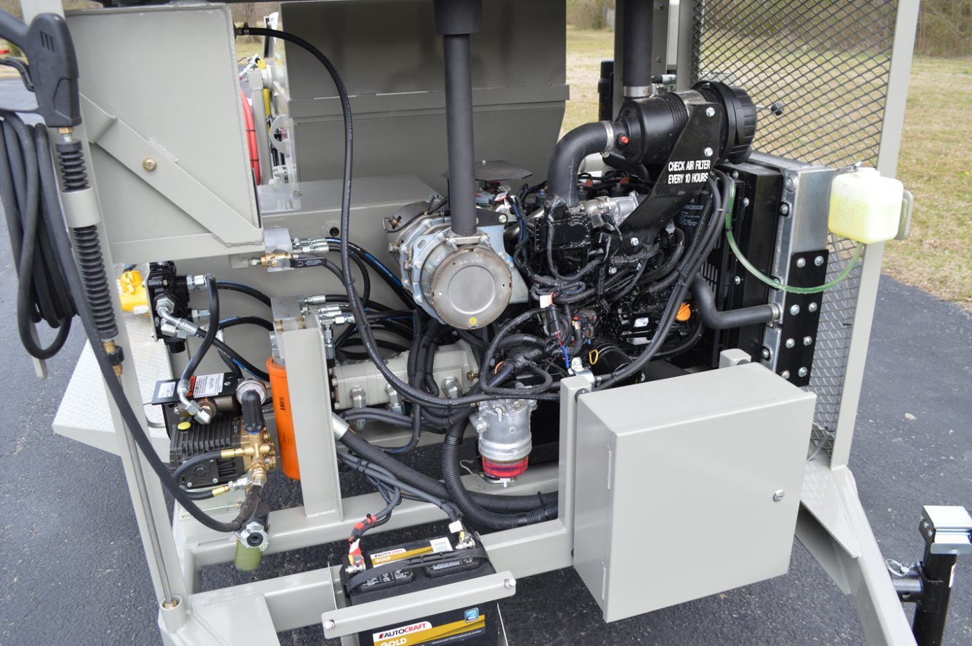 RS-60 Shotcrete Mixer-Pump Engine