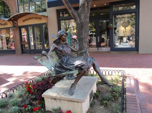 Boulder statue