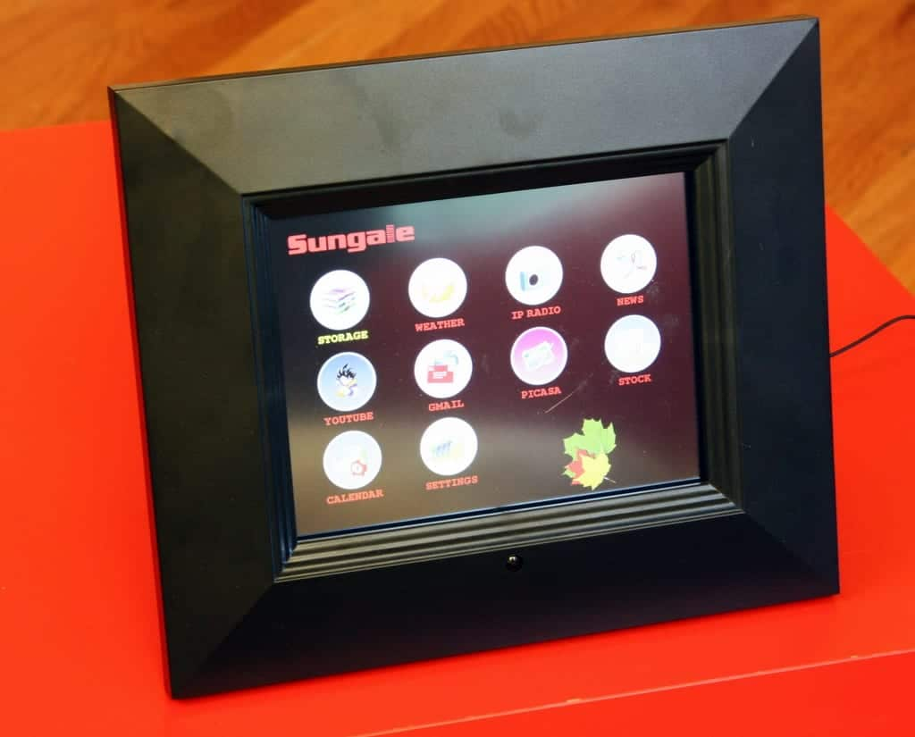 Hands-on: Sungale ID800WT digital picture frame - Blast