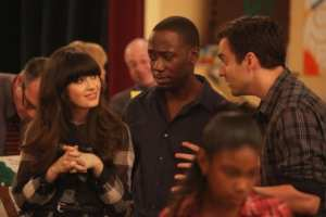 Jess (Zooey Deschanel) and Winston (Lamorne Morris) are disturbed by Nick's (Jake Johnson) behavior.