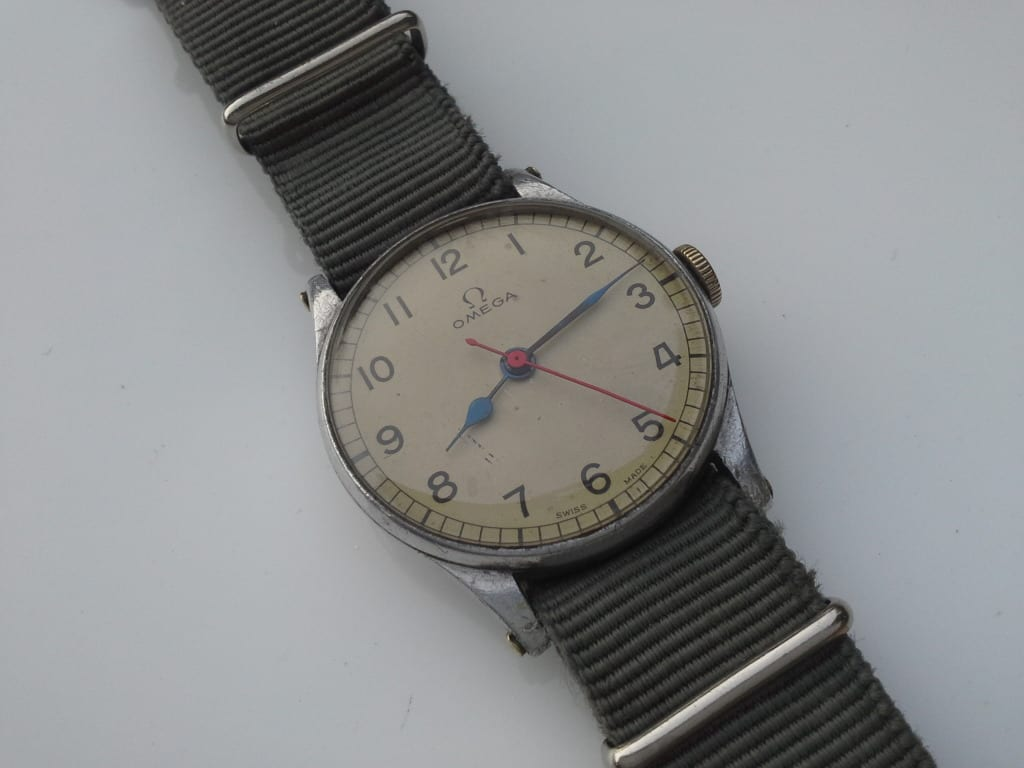 this worn one popular easy design allows continues timex as around for the be watches watch pin reader ever to of recognizable simplistic most