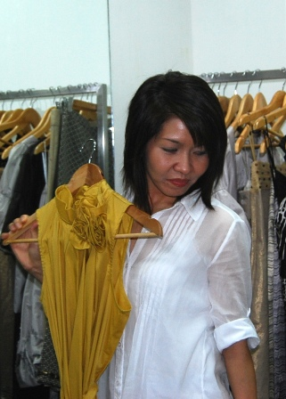 fashion-forward Marla Luis figures out...