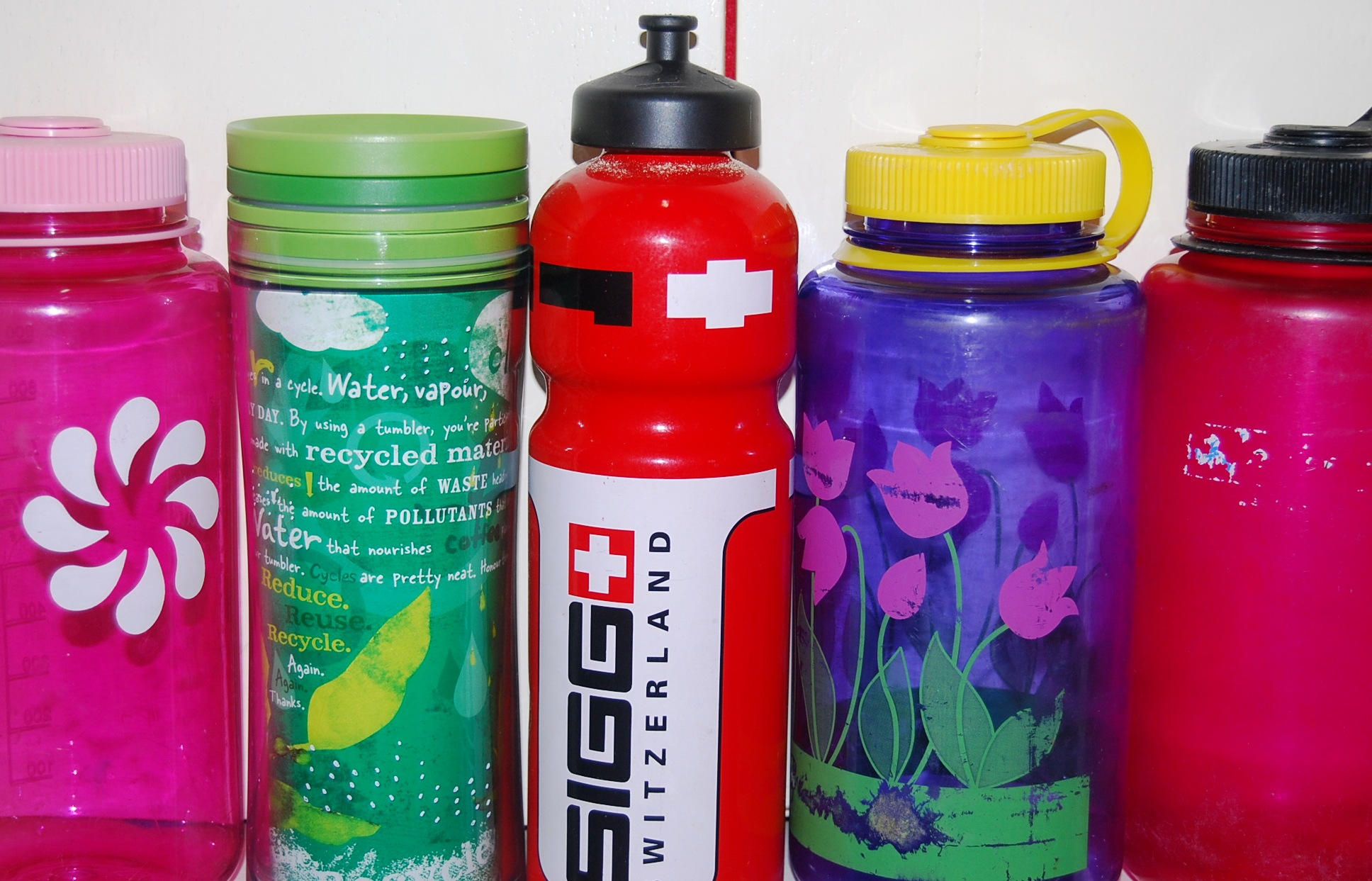 The smarter water bottles -- Reusable.