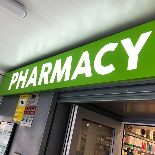 Rótulos de farmacia en tarragona
