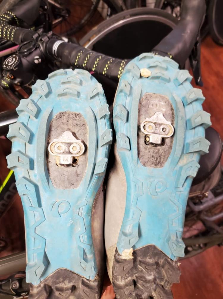 mountain bike bikepacking shoes