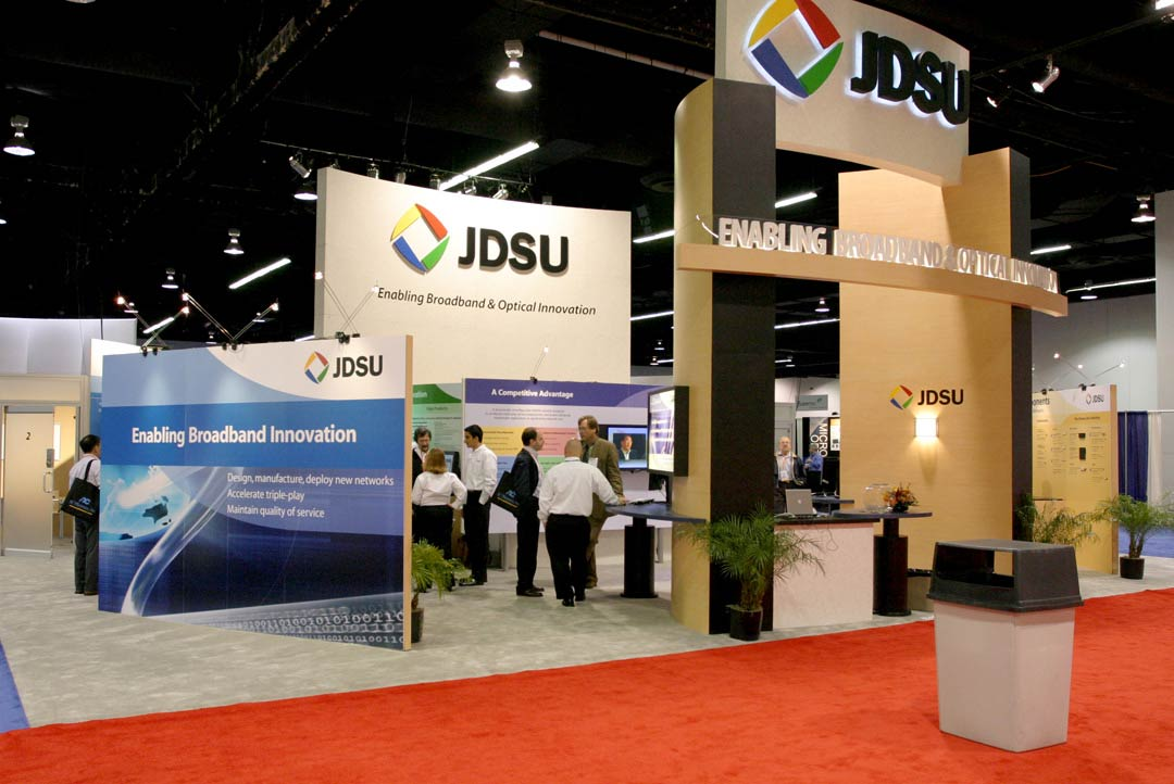 JDSU exhibit display and trade show booth designed by Blazer Exhibits & Events