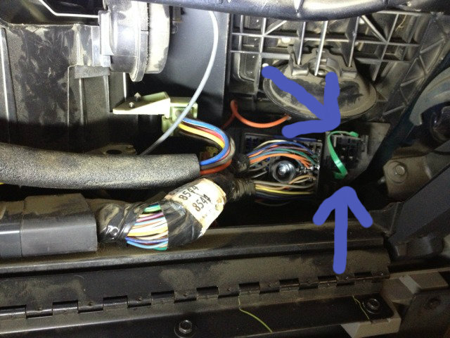 1999 chevy s10 headlight wiring diagram 2000 1500 stereo brake lights on passenger side only blazer forum forums someone was chasing it as well had a new turn signal switch and you could see where wires were stripped back for hooking jumper leads