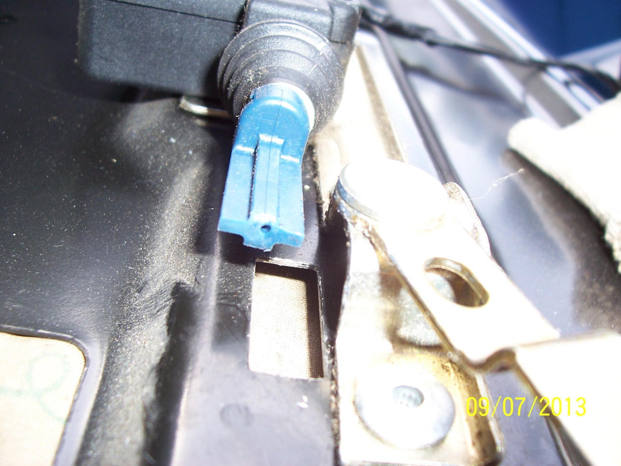 hight resolution of  2003 blazer rear liftgate glass actuator 100 2882 jpg