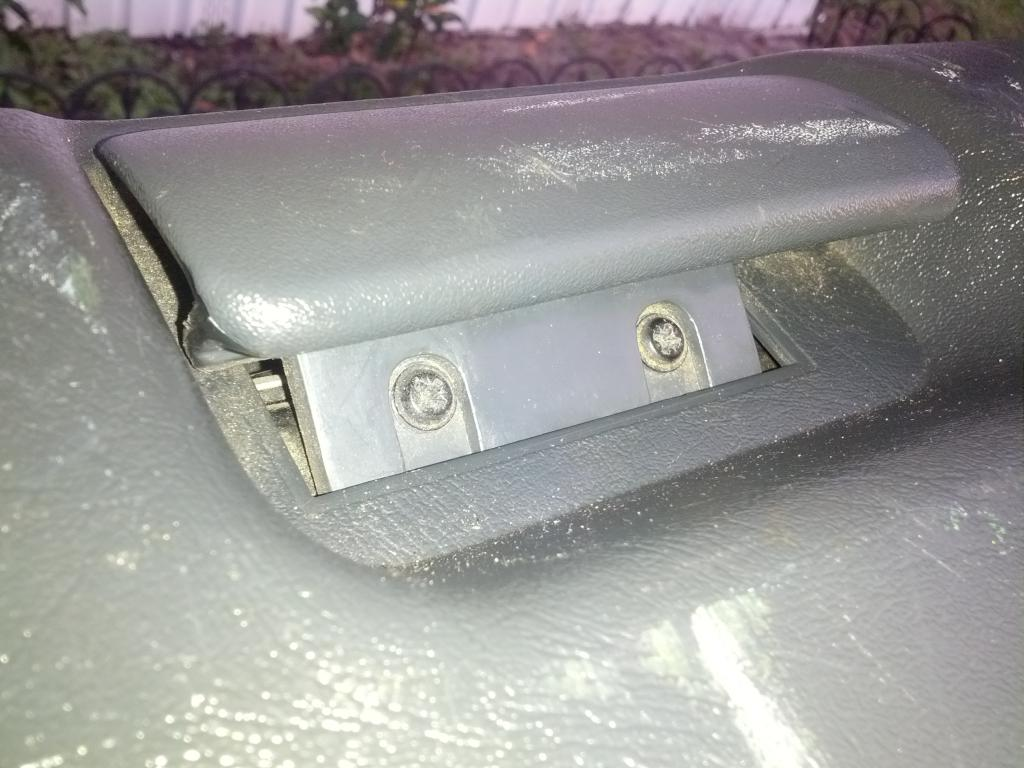 hight resolution of rear lift glass release button on hatch how to repair img 20140520 200908 jpg