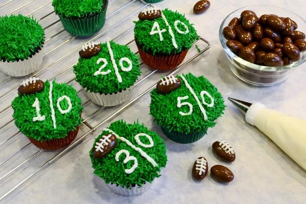 football field cupcakes