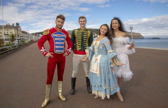 Cinderella Review at Venue Cymru, Llandudno (Photo Credit: Jamie Gilmour)