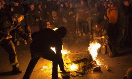 Violent Leftists Protesters Grip Paris After Election Results (VIDEO)