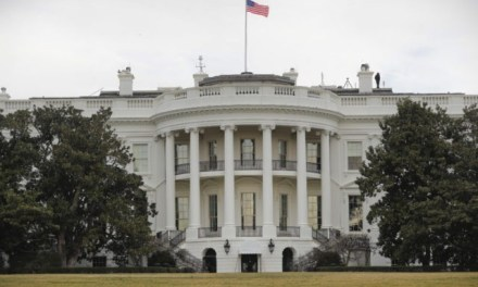 White House on Lockdown After Attempted Fence Jumping