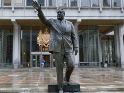 Frmr Philadelphia Mayor Frank Rizzo's Statue Spray-Painted With 'Black Power'