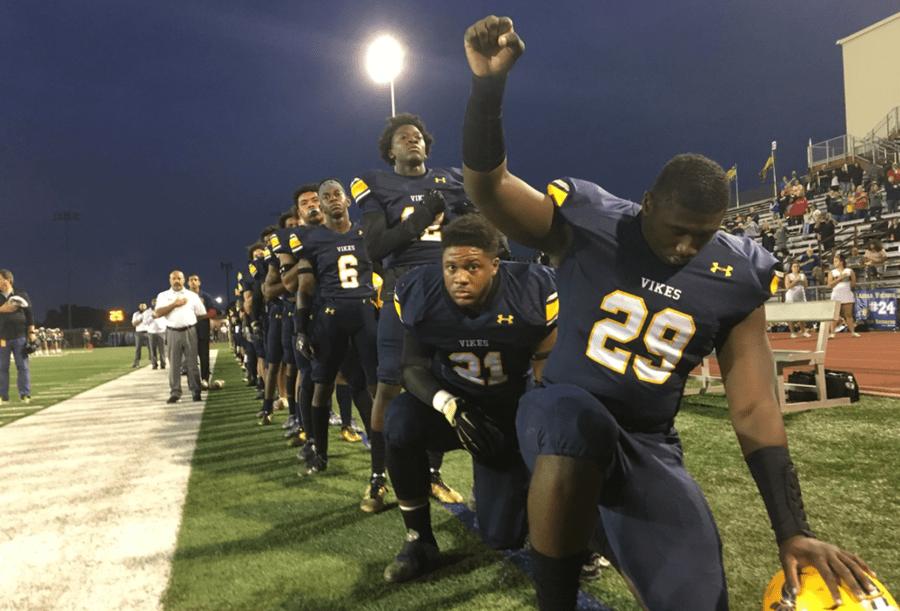 Texas High School Football Team Kneels for National Anthem – Raises Black Power Fist