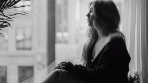 Ella Henderson 'Yours' (Video)