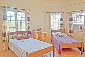 Gonzalez House - Guest bedroom
