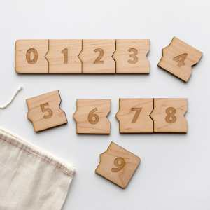 Wooden Number Puzzle •Modern Numeral & Counting Activity