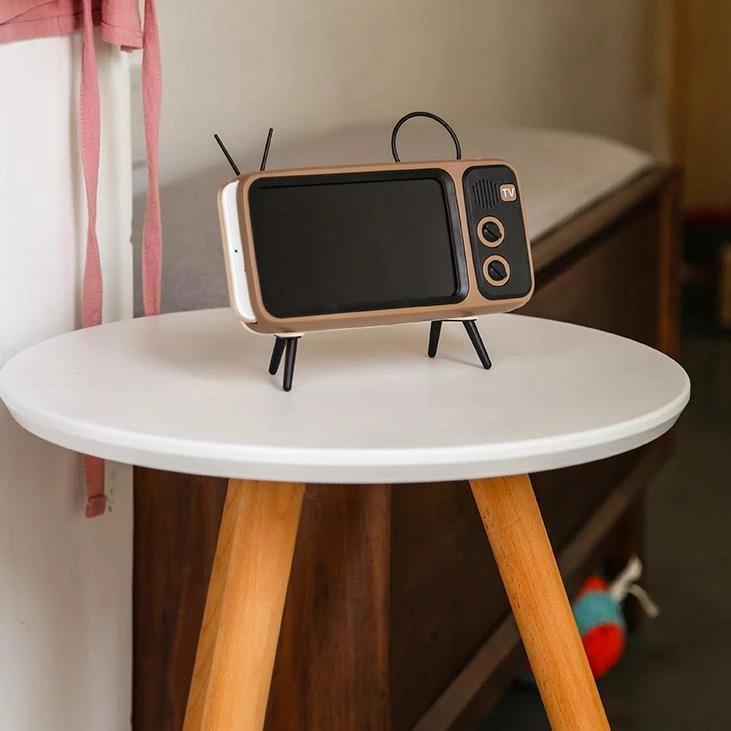 Retro Mini Wireless Speaker and Phone Holder5