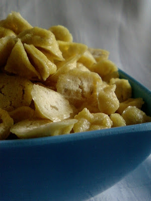 Pesara Vadiyalu ~ Sun Dried Moong Dal Chips