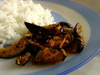 Vankaya Kobbari Karam ~ Eggplants And Coconut Stir Fry