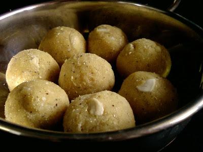 Roasted Gram and Coconut Laddu
