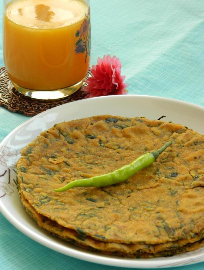Methi Jowar Roti / Paratha ~ Fenugreek & Sorghum Flat Bread Recipe