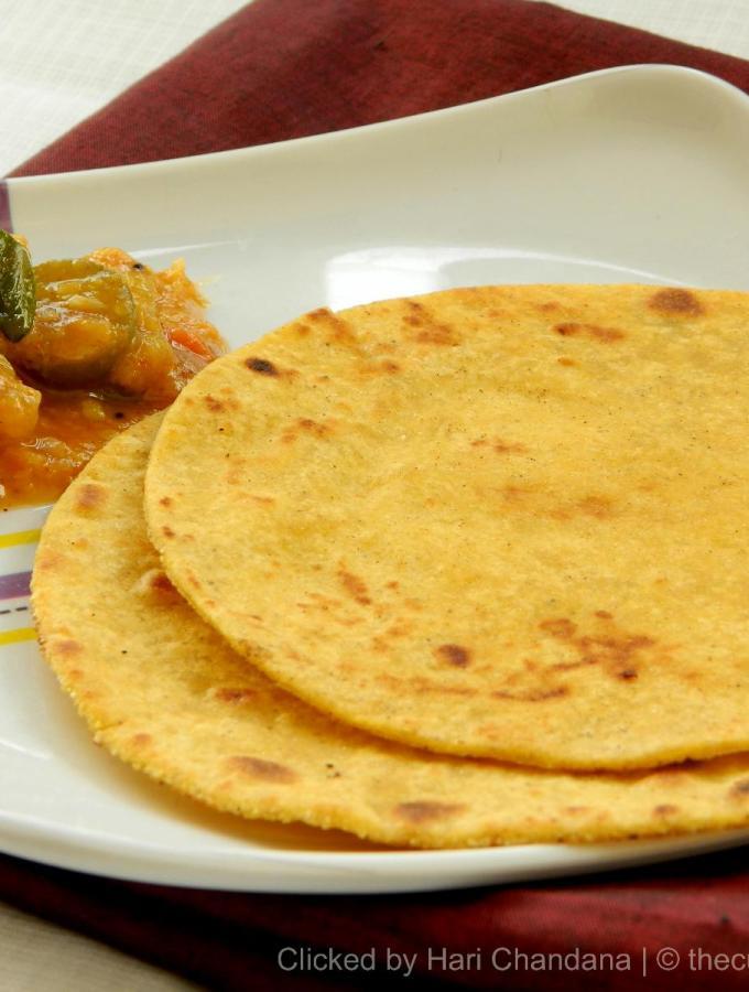 Makki Ki Roti ~ Indian Corn Flat Bread Recipe