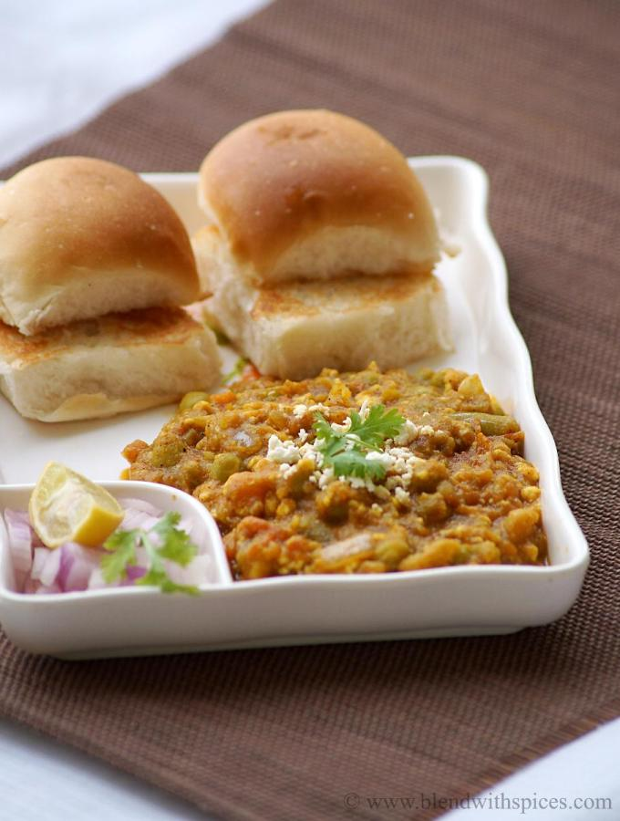 Paneer Pav Bhaji Recipe ~ Mumbai Street Food Recipes
