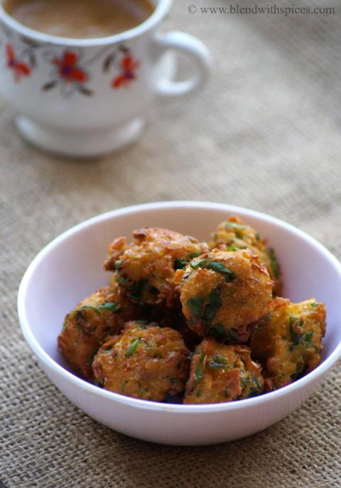 corn methi pakoda recipe, how to make sweet corn methi fritters, methi corn fritters recipe
