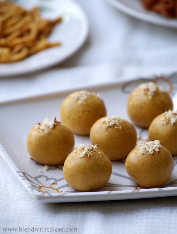 Microwave Besan Ladoo Recipe – Indian Microwave Sweet Recipes – Easy Diwali Sweets