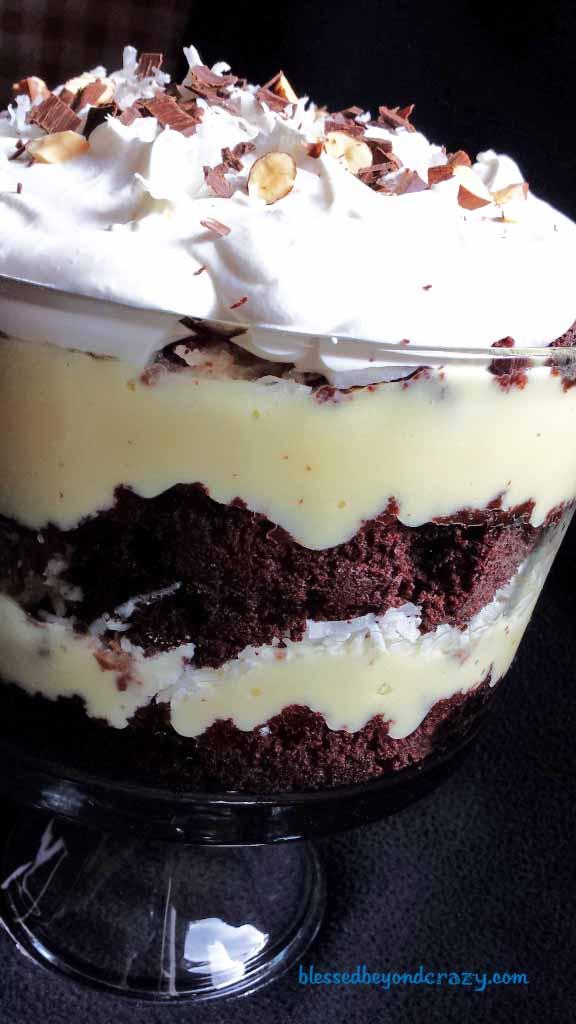 almond joy trifle