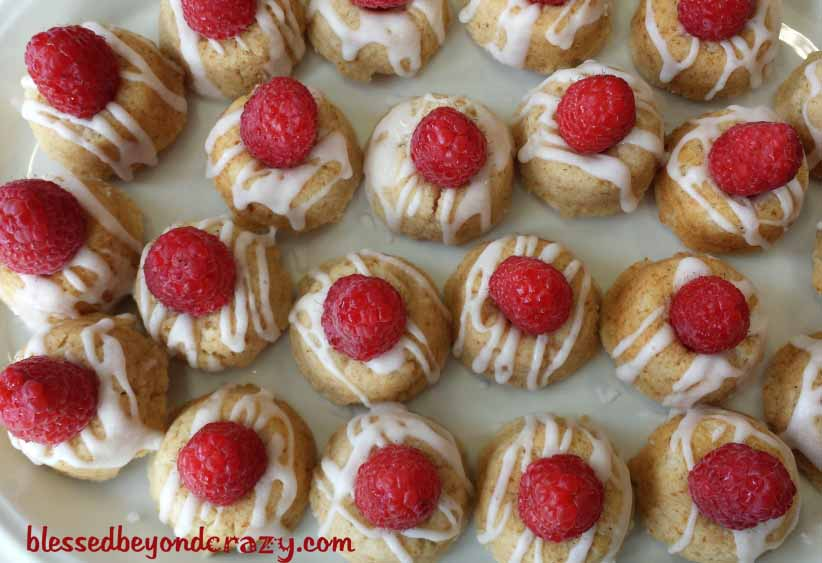 raspberry cake bites