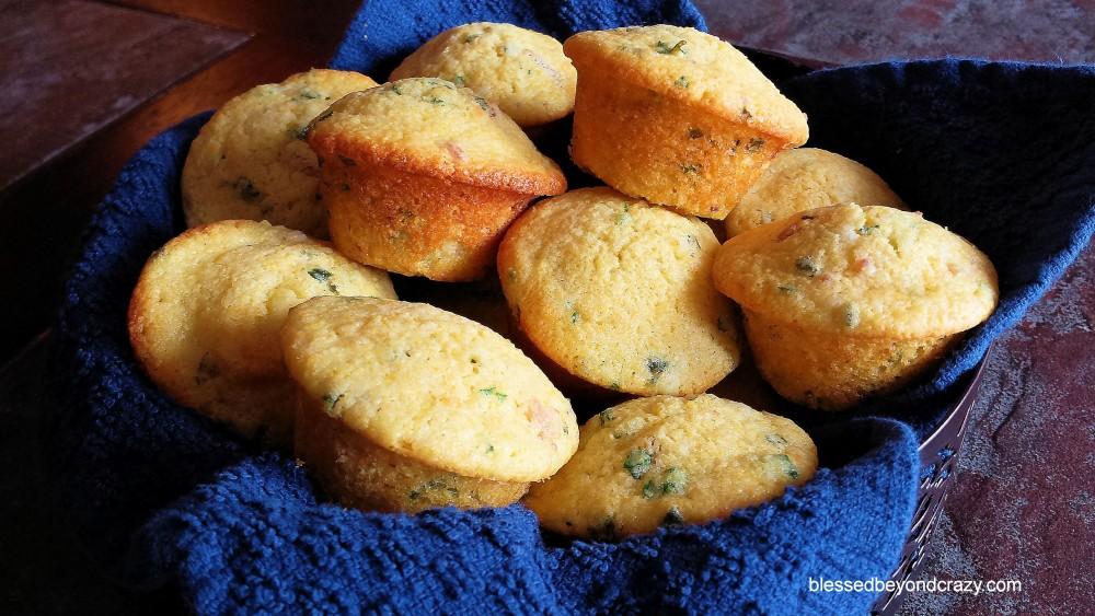 Cornbread Herb Muffins 4