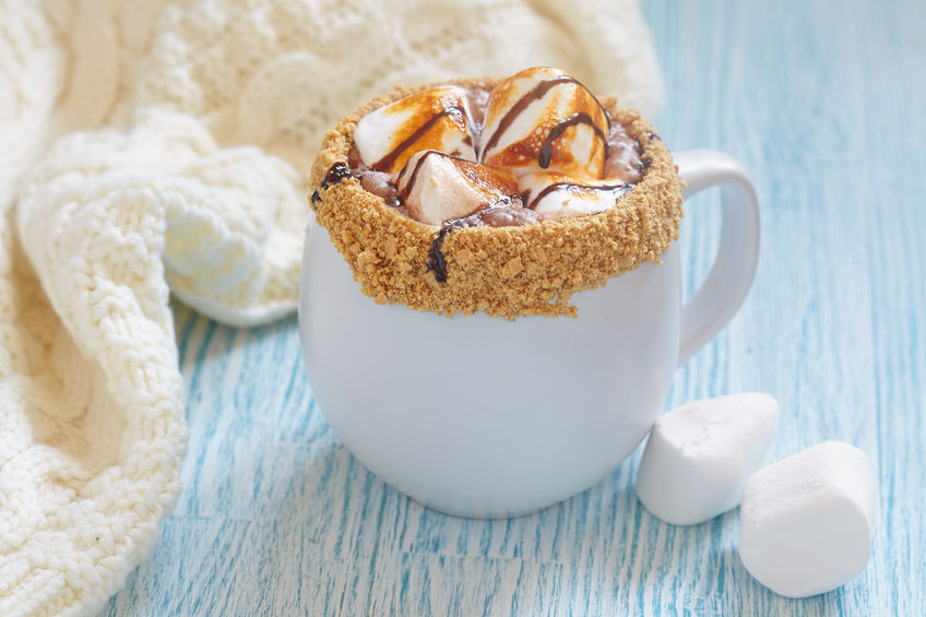 smores hot chocolate with roasted marshmallo and graham cracker