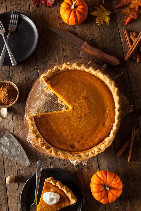 Easy Thanksgiving Pumpkin Pie