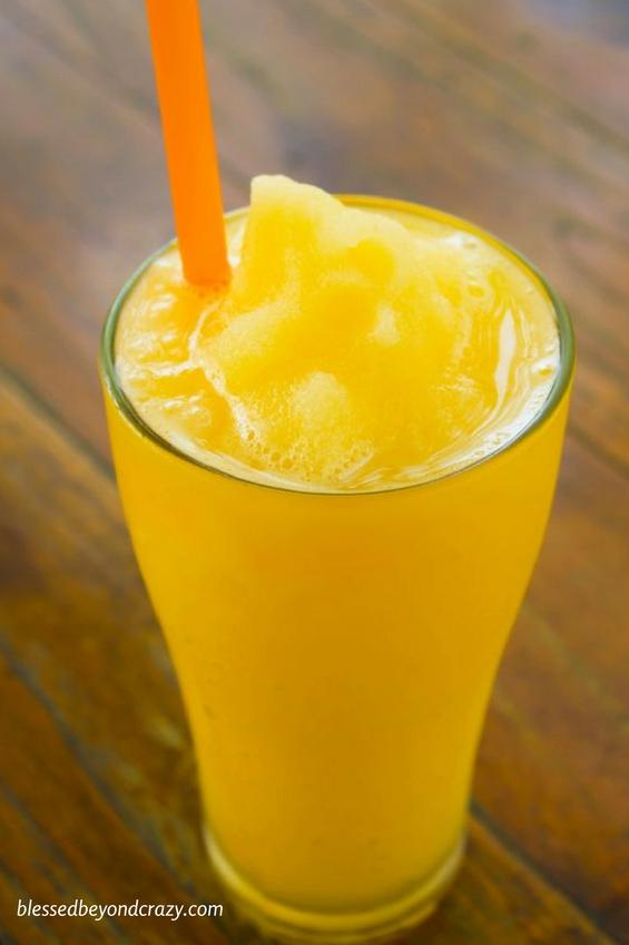 Refreshing Orange Smoothies