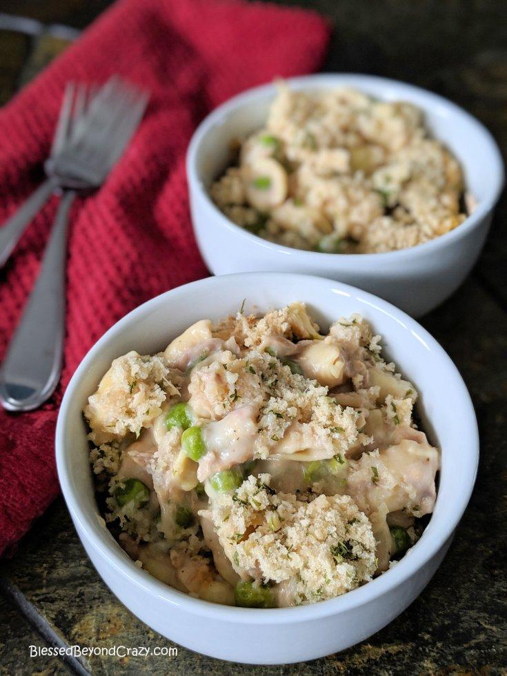 Creamy Slow Cooker Tuna Noodle Casserole