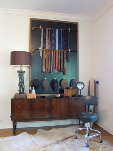 Gentleman's Valet Wall