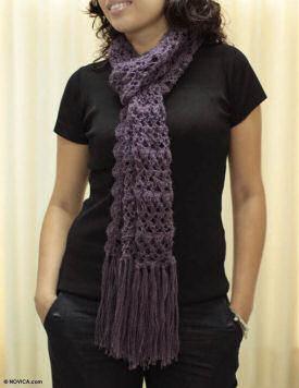 novica scarf