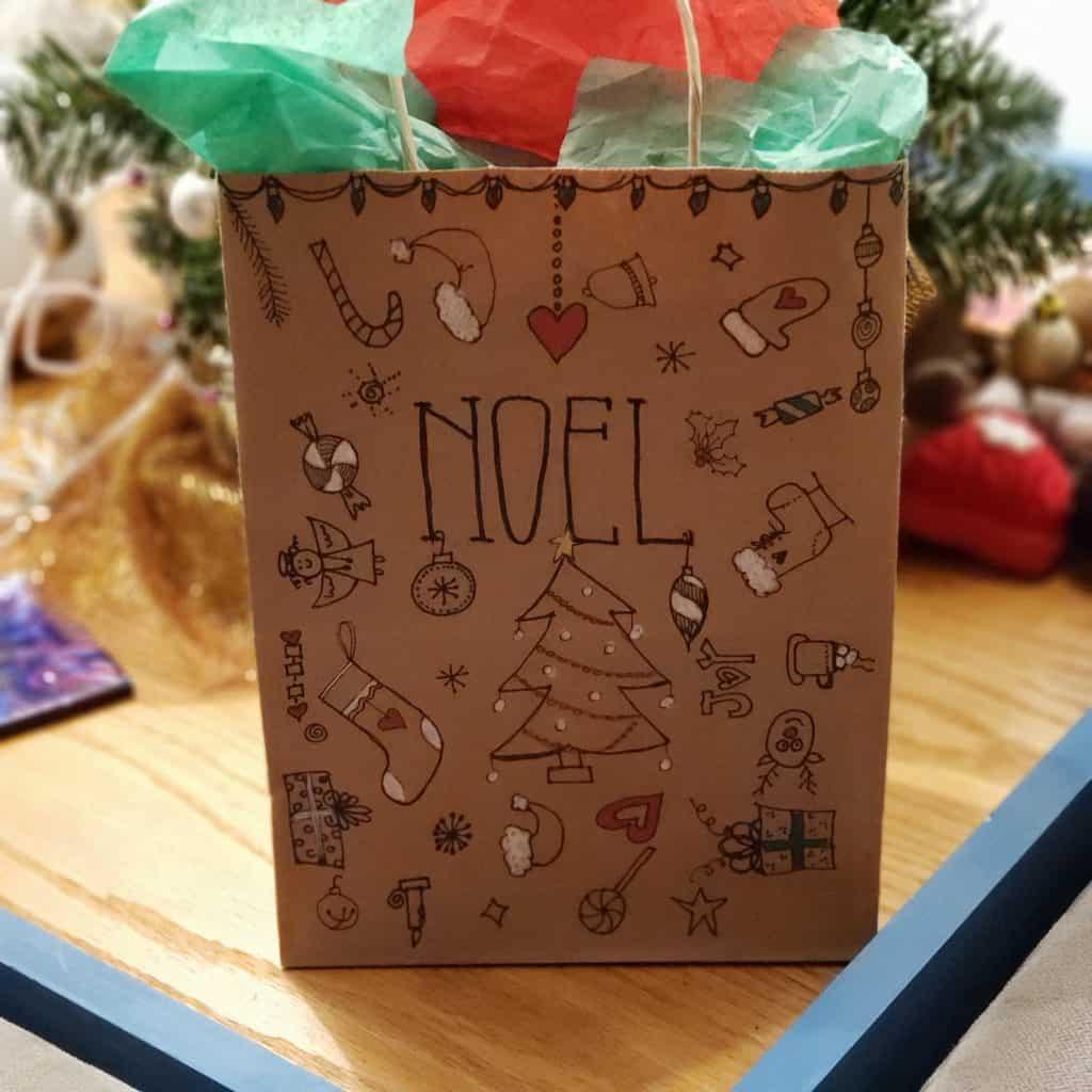 Doodle Christmas bag