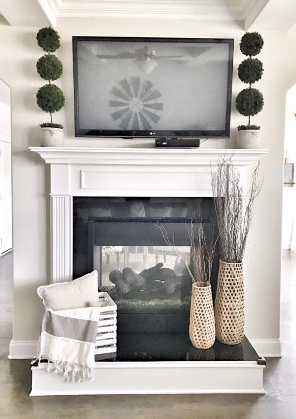 5 Beautiful Ways To Decorate Around A Televison