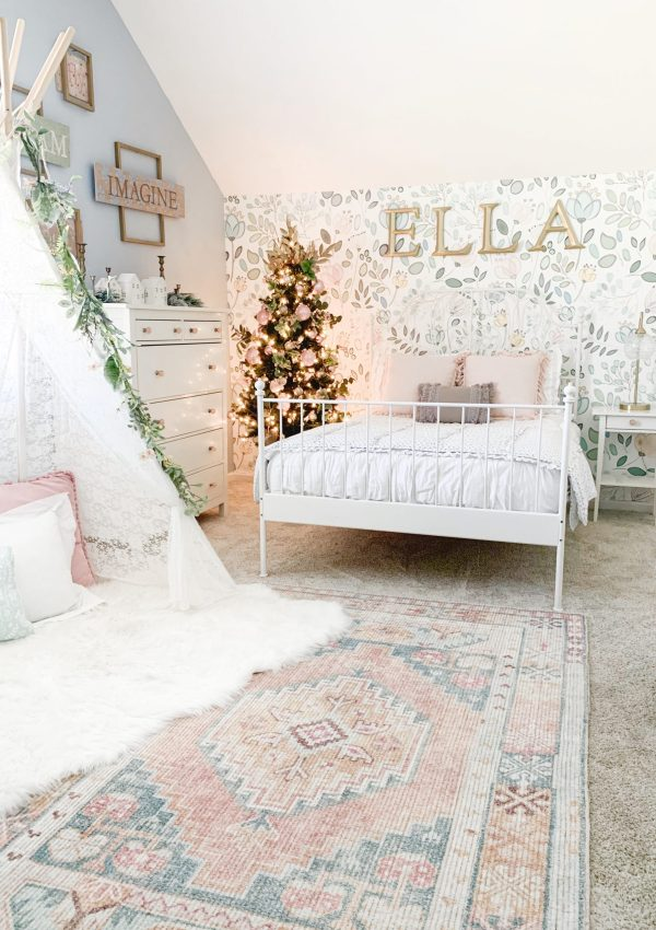 Girl's Bedroom Christmas Tree and Decor