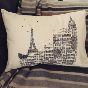 Coussin Paris de Marie la Pirate