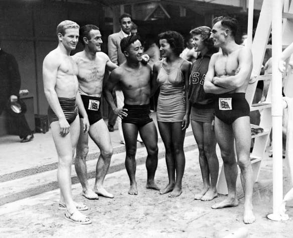 Sammy Lee at the pool with divers