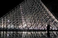 Louvre Pyramide ny night crystal AdRGB-6